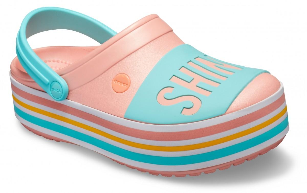 Růžové nazouváky (pantofle) Crocs Crocband Bold Color Platform Clog na vysoké platformě