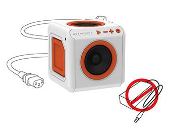 Přenosný Bluetooth reproduktor PowerCube audioCube se zabudovaným napájecím adaptérem