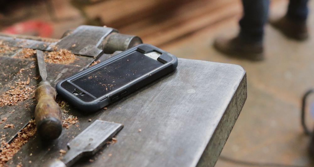 Nárazu vzdorný obal Tech21 Patriot pro Apple iPhone SE/5/5S