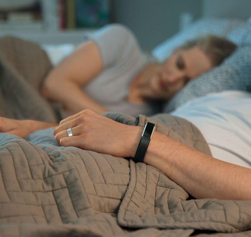 Fitness náramkem Fitbit Alta můžete nosit 24 hodin denně