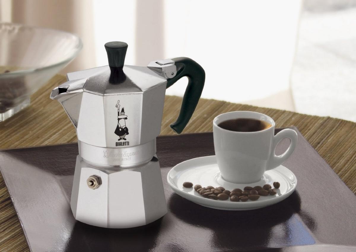 Hliníkový kávovar (Espresso) Bialetti Moka express, 6 šálků