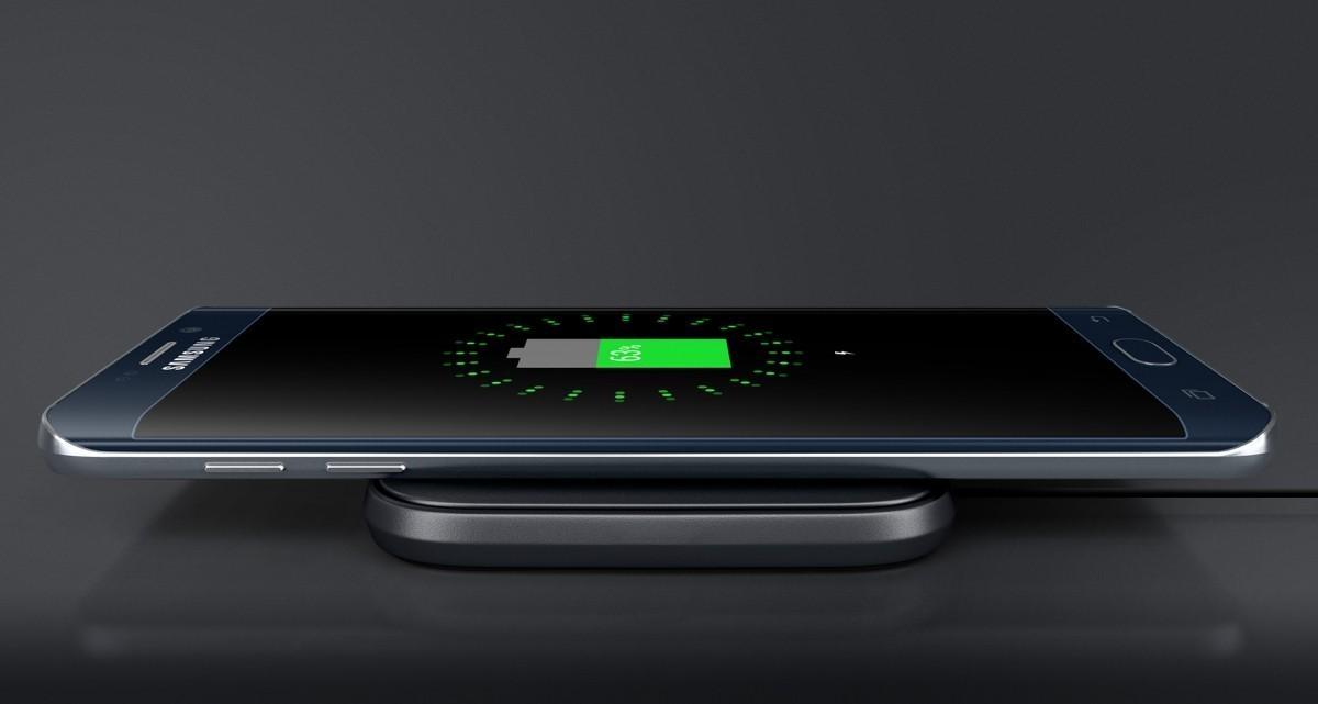Bezdrátová nabíjecí podložka Samsung EP-PA510BWE s jednoduchým nabíjením