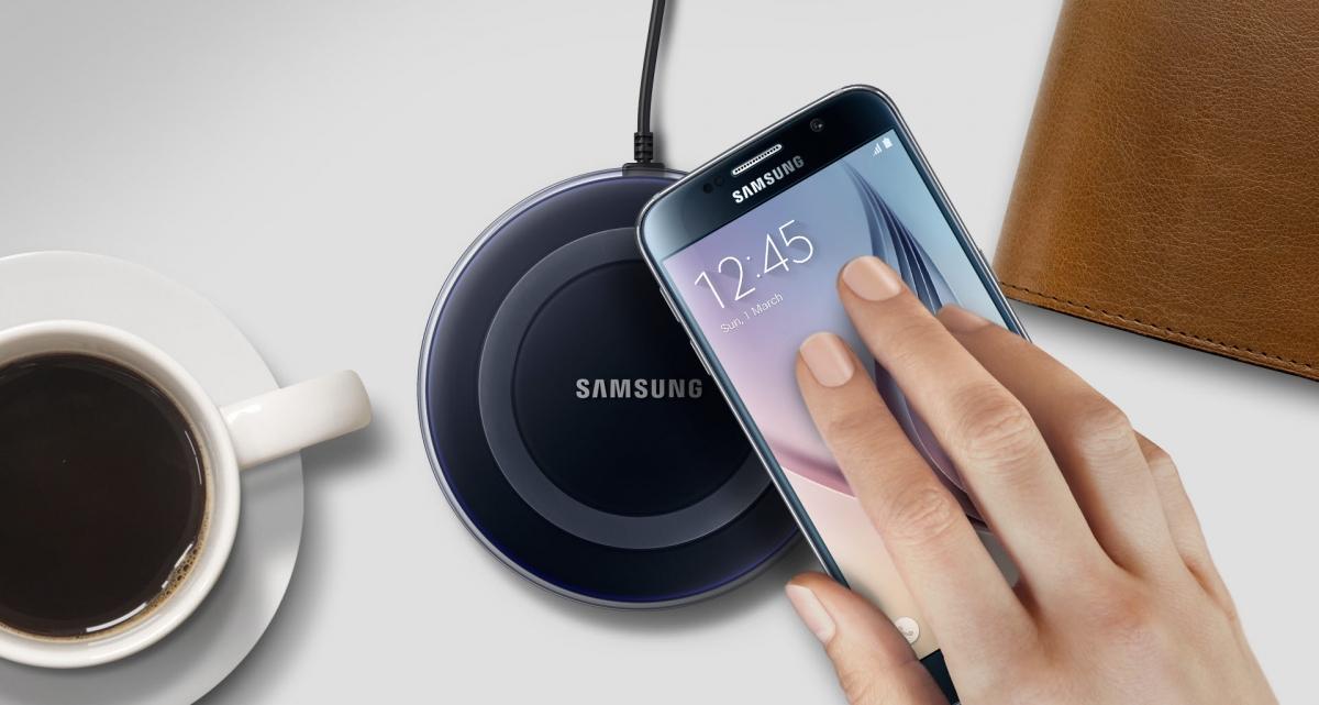 Bezdrátová nabíjecí podložka Samsung EP-PG920IBE s nabíjením bez námahy