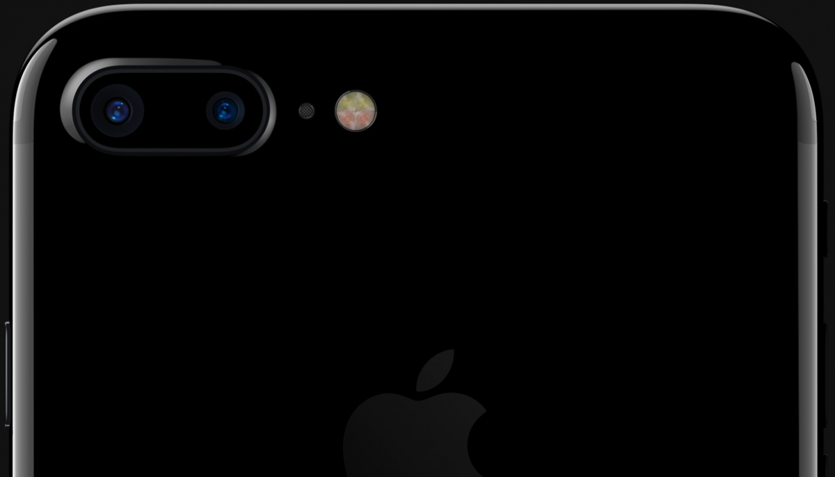 Mobilní telefon Apple iPhone 7 s dvěma fotoaparáty