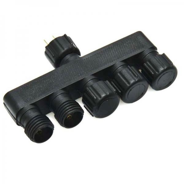 5-cestný rozbočovací konektor IP44 Patilo Plug&Play