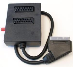Přepínač SCART/M 0,5m kabel-2xSCART/F